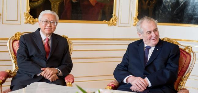 Projev prezidenta republiky při setkání s tiskem u příležitosti návštěvy singapurského prezidenta v ČR